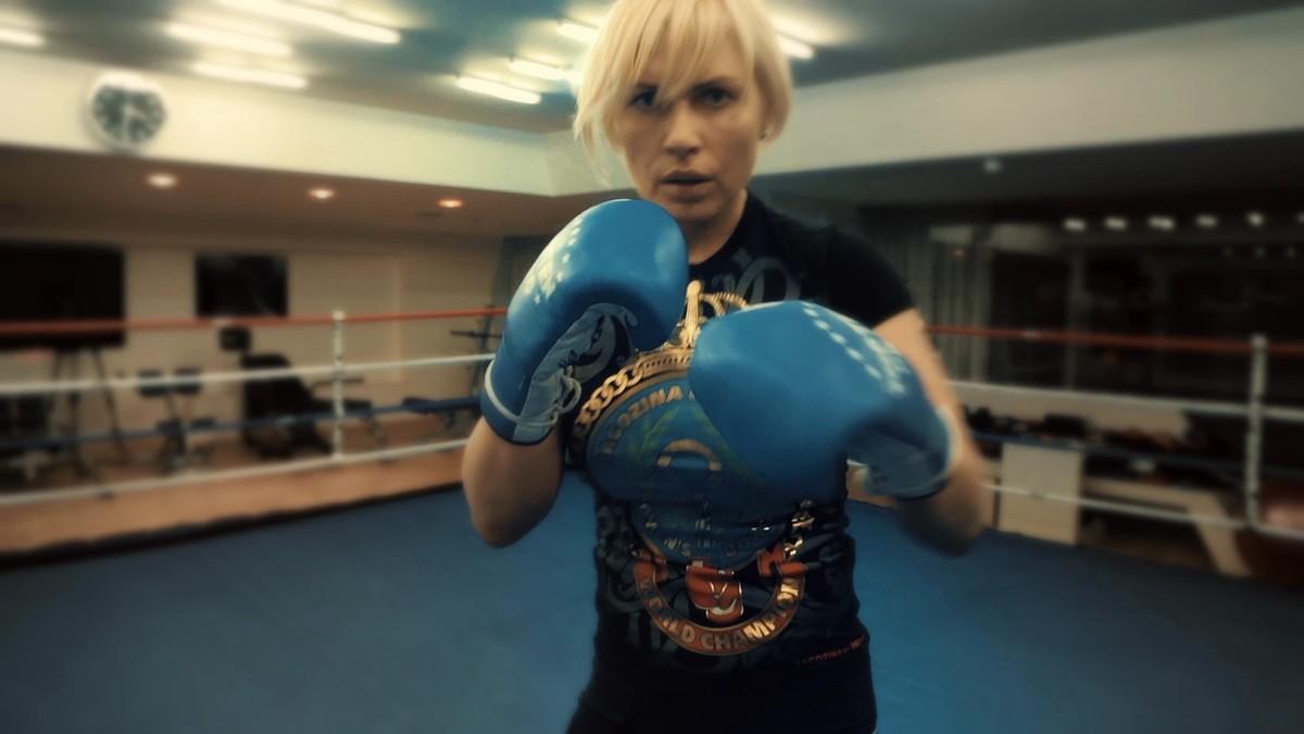 свечи, чемпионка по боксу россиянка рагозина фото тут случайно наткнулась