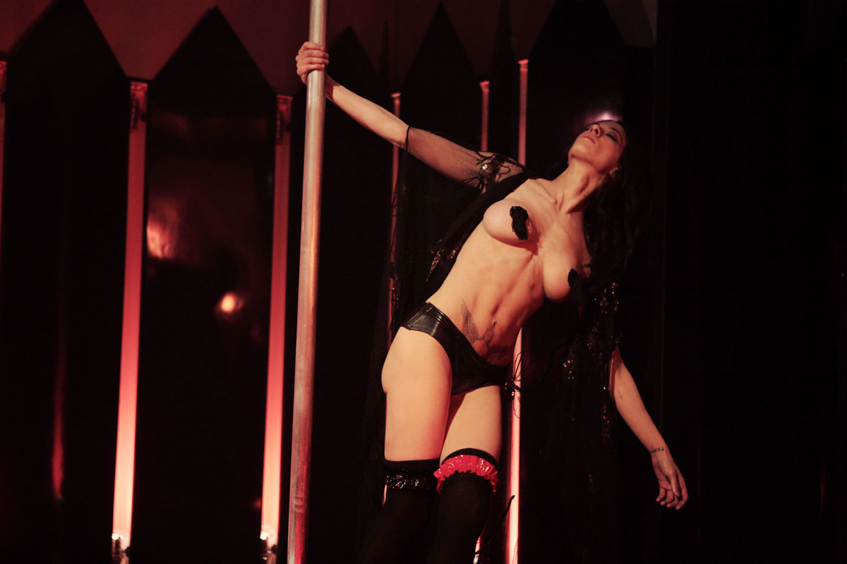 танцовщица видео стриптиз можете